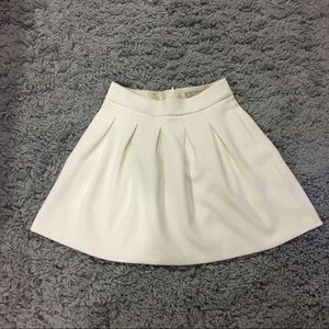 Banana Republic Ivory Cocoon Skirt